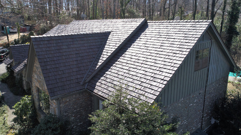 Mountain brook alabama homeowners install stunning for Composite roofing