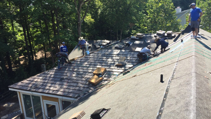 roofers on job